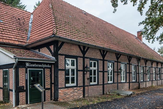 9 Klosterschenke seit 1673 erwähnt